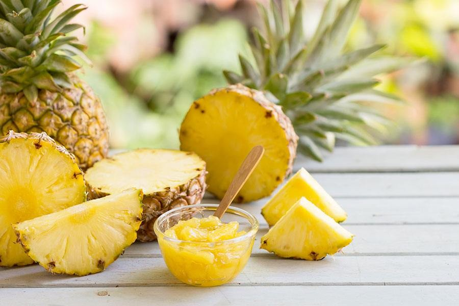 macedonia di ananas
