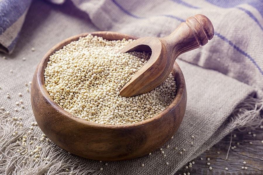 una ciotola colma di quinoa